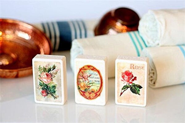 Picture of Bigghome Rose 3 Pieces Soap