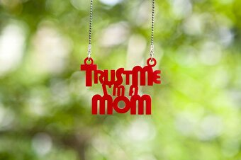 Noramore Trust Me Mom Necklace