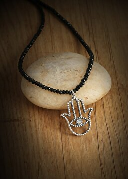 Picture of Tash Design Hamsa Gem Necklace